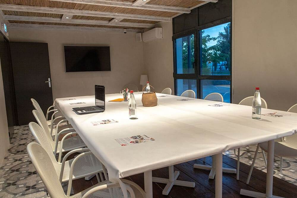 photo salle de réunion chiringuito